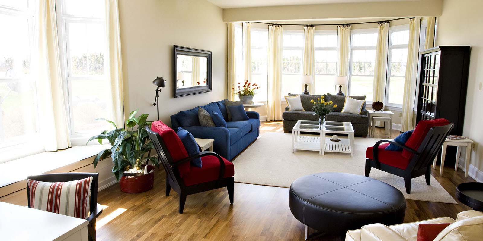 Townhouse-living Room