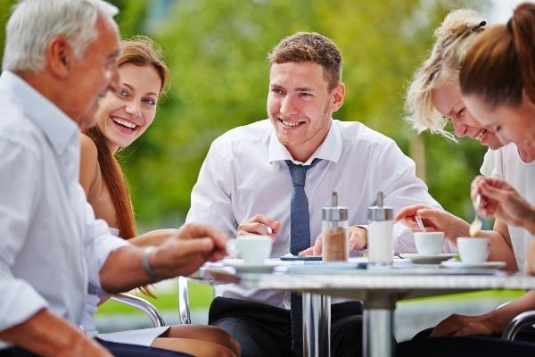 Meetings-Fox-Harb'r-Resort-Group-Table-Outdoors