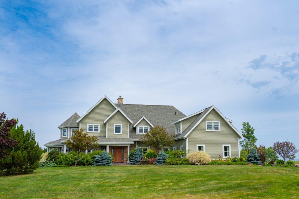 184 HarbourSide - Custom Home